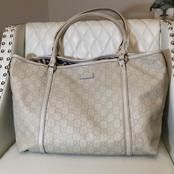e69267f07419 Gucci Handbags - Authentic Gucci Guccissima Tote